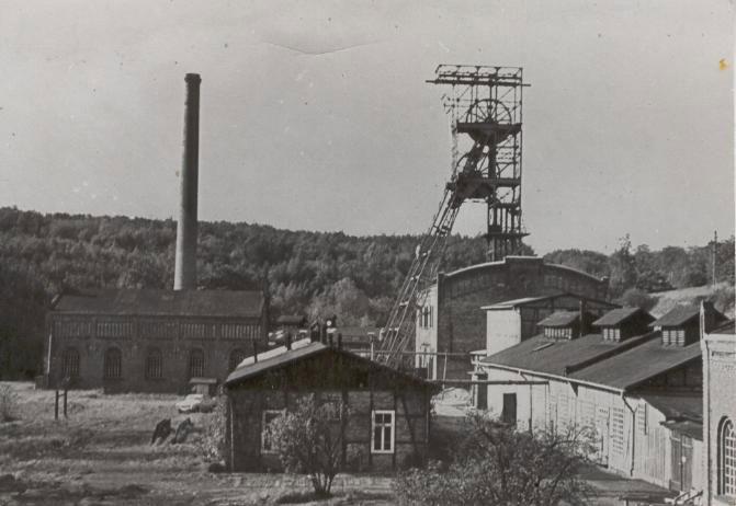 fabrik-remlingen-foerderturm.jpg